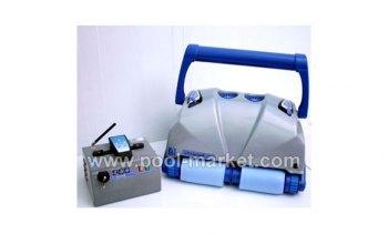 пылесос Aquabot Ultramax Junior с пультом дистанционного управления и блоком питания