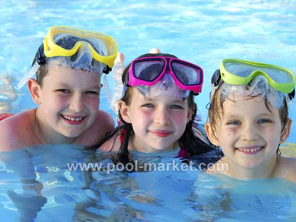 Качественные химические препараты для ухода за водой в бассейне Aquadoctor, при правильном использовании, позволят Вам и Вашим детям насладиться безопасной и чистой водой в бассейне